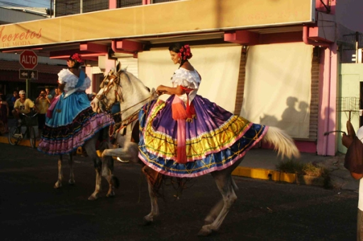 http://thecostaricanews.com/visiting-costa-rica-all-about-horse-parades