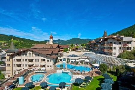 Picture taken from the hotel site: http://www.freizeit.ch/freizeit/15962/reiter-s-posthotel